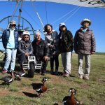 Des Japonais viennent Voler Avec les Oiseaux