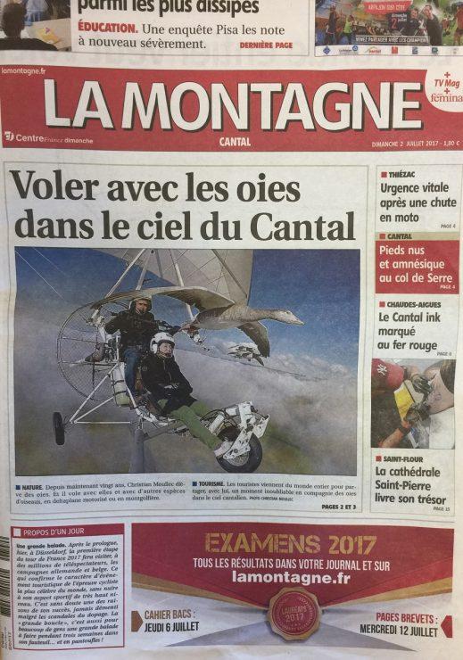 Article journal la montagne voler avec les oiseaux cabanes arbres cantal - Le journal la montagne ...